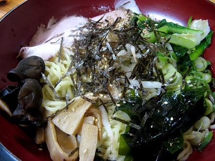 太尊の冷麺