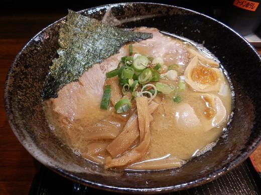 麺屋かぶき亭
