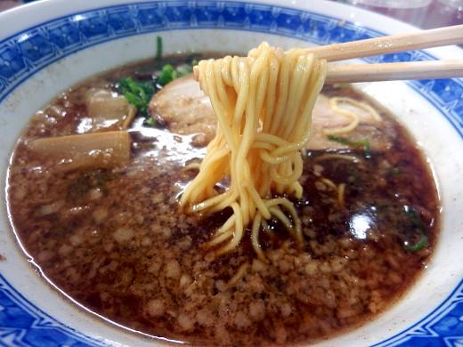 中華飯麺万両力石 デルーサ市岡店