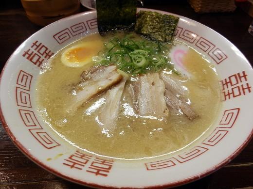 久留米ラーメン丸寅 千日前店