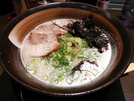 三豊麺 元町店