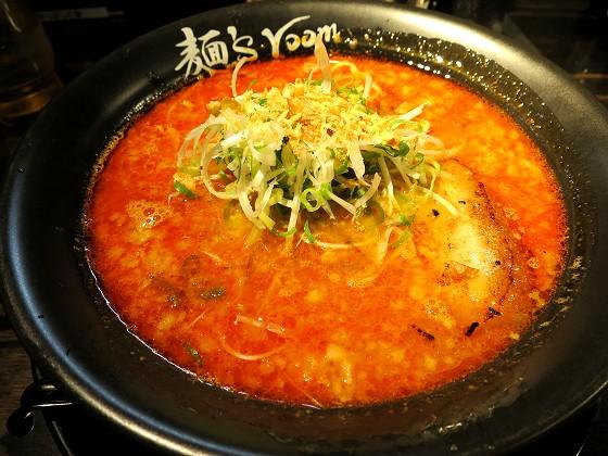 麺's room 神虎 大阪駅前第4ビル店
