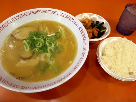 金龍ラーメン 戎橋店