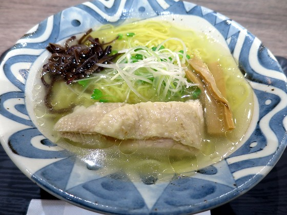 もぐもぐキッチン 鶏塩ラーメン久保田